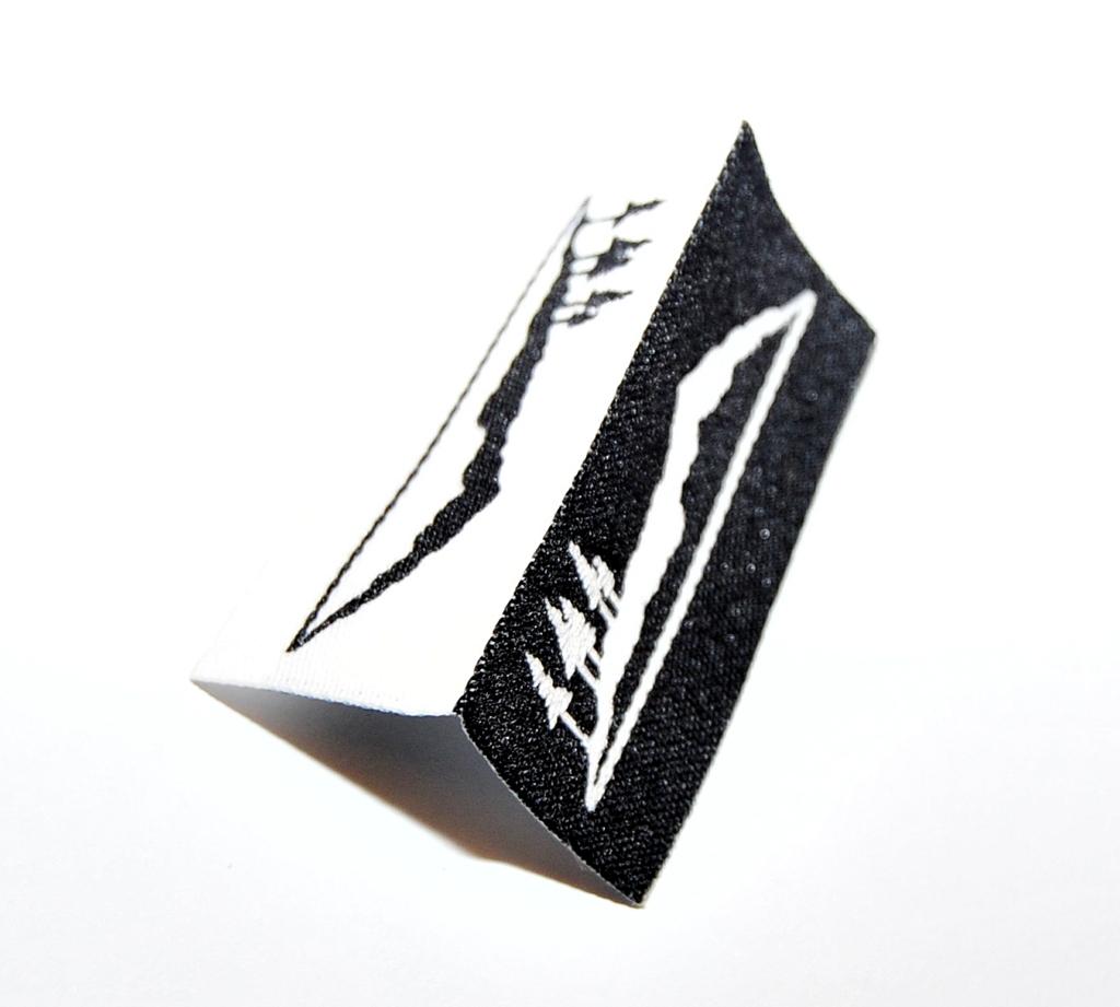 Black and White Hem Tag