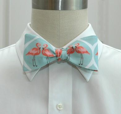 Aqua flamingos 1