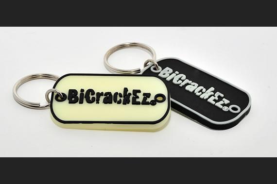 biCrackEz-pvc-keychain