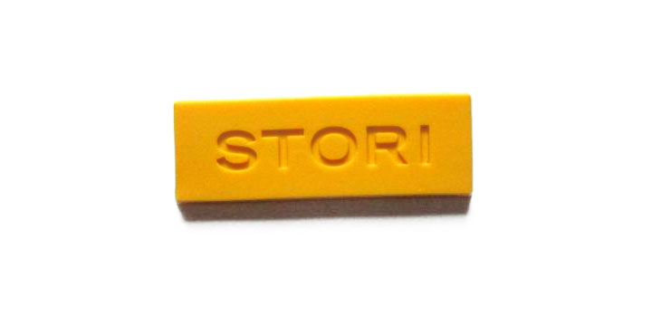 stori yellow pvc label